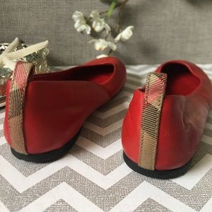 Authentic , Burberry Flats Little Girls